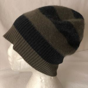 OS VINCE Soft Cashmere Striped Knit Slouchy Beanie